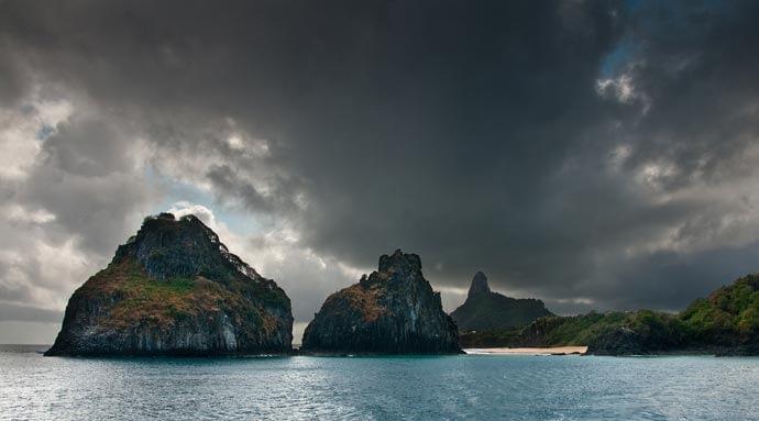 Titel: Nuvens no dois Irmãos; Quelle: Roberto Faccenda auf flickr.com
