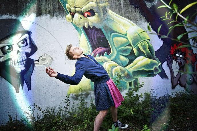 Graffiti | Oktoberfest | Tunnel München Sendling Dirndl Urheber: Kris Tell